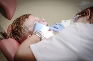 Hos tandläkaren på tandläkarbesök
